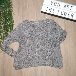 💥😜 5/$20 🎀 F21 Knit Ribbed Side Slit Sweater